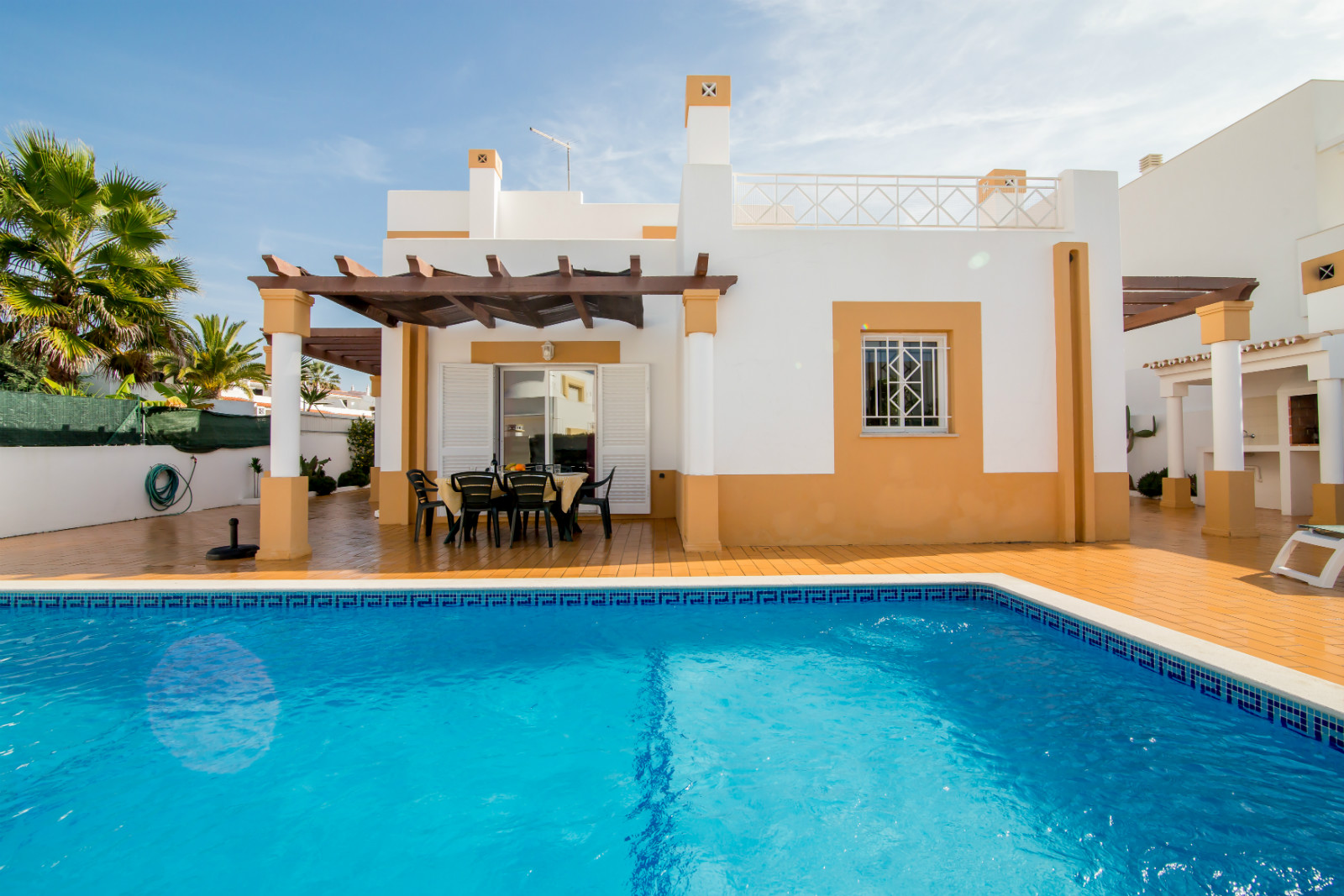 Stunning, beautiful villa, great location, only 500 metres from sandy beaches