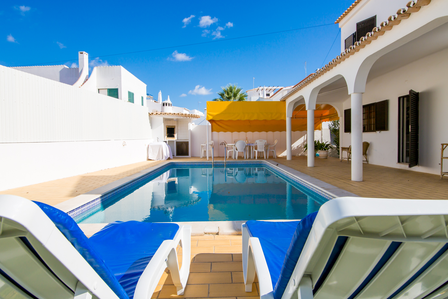 Large 6 bedroom villa with sea views, 350 metres from beautiful sandy beaches.