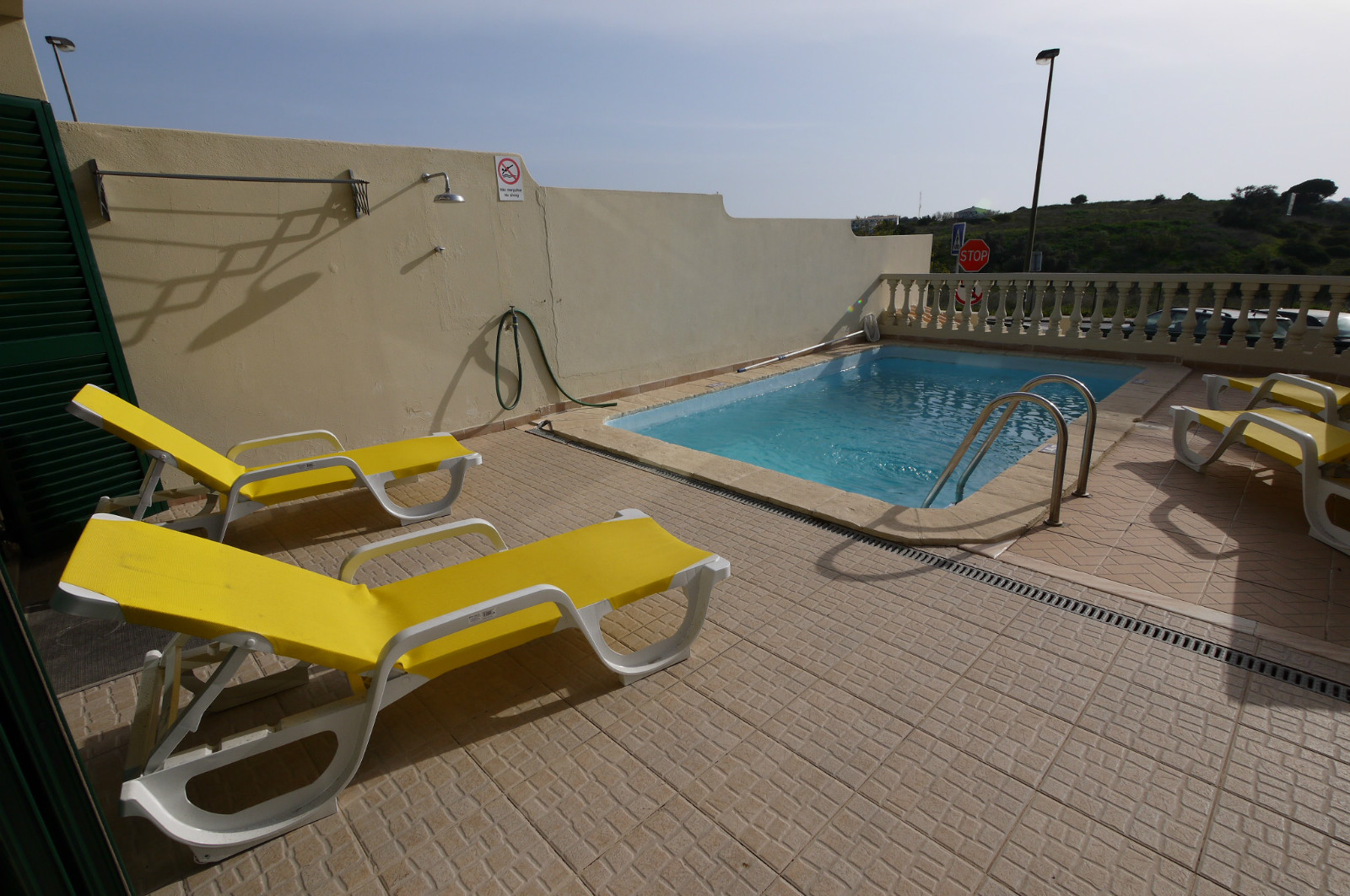 Private & lovely pool & terrace with all day sunshine, from sunrise to sunset.