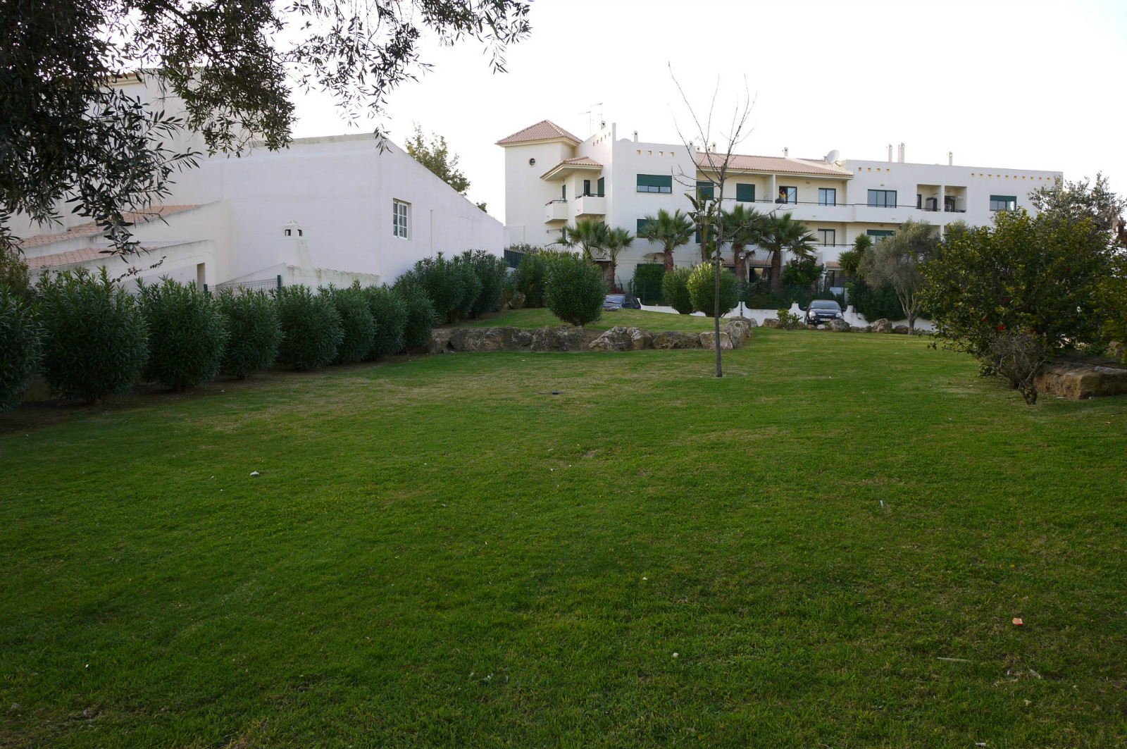 The villa overlooks this park, only 50 metres away, ideal for children to play.