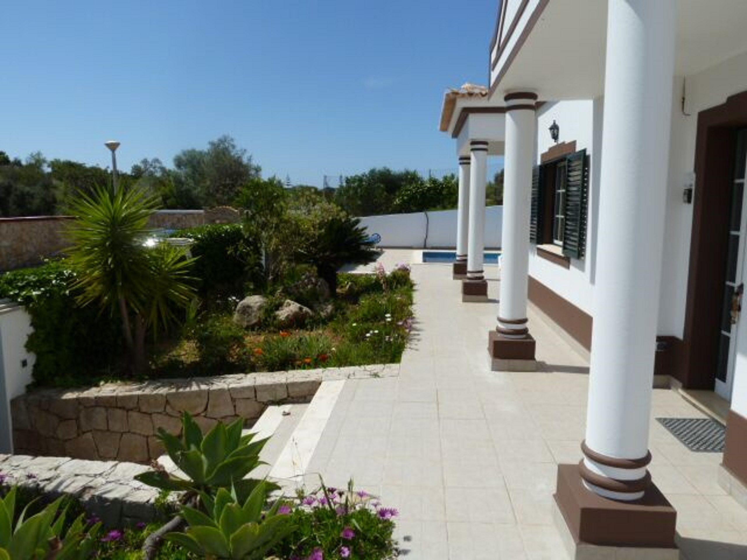 Villa entrance & long terrace of this, very sunny, very pretty, quite villa.