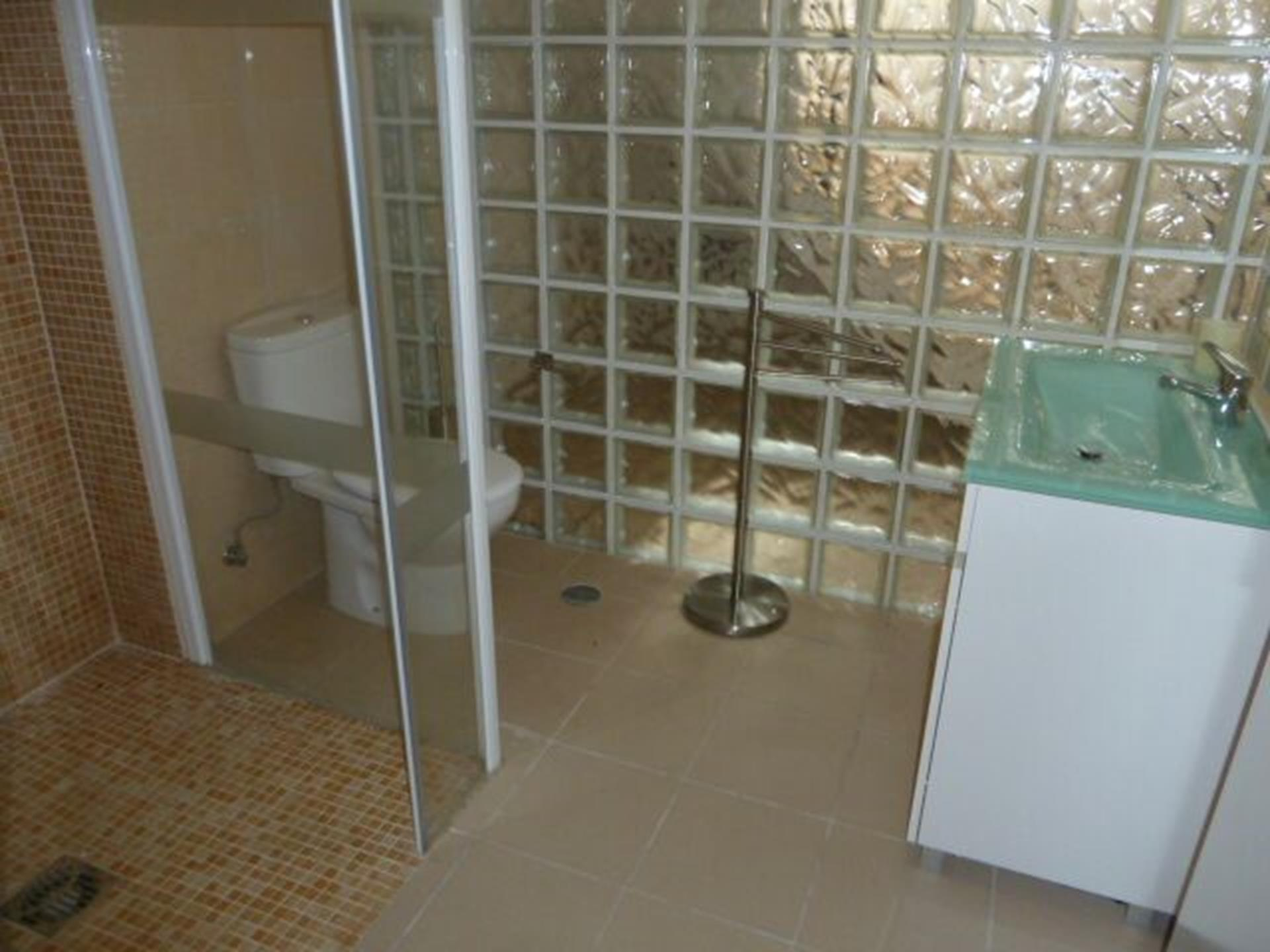 Modern, Private Bathroom, walk in shower, for the private, large, 4th bedroom.