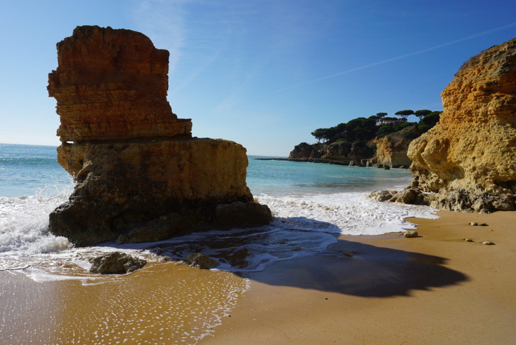 Near the villa, Albufeira beaches are stunning & very beautiful 'Blue Flag Beaches.