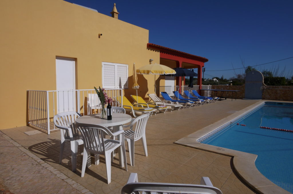 Beautiful surroundings , large pool with good size shallow area for non swimmers