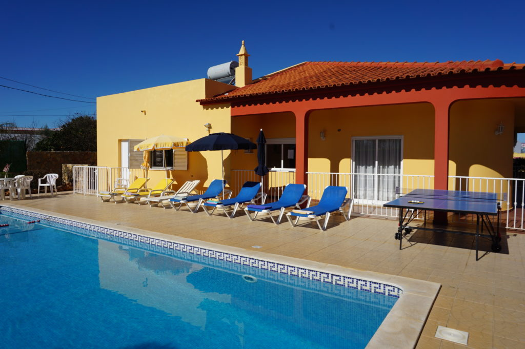 4 bedrooms, 4 bathrooms beautiful villa with full air conditioning throughout.