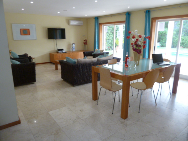 Spacious lounge/dinner, Now with 42' Plasma Smart TV! Overlooking pool & gardens