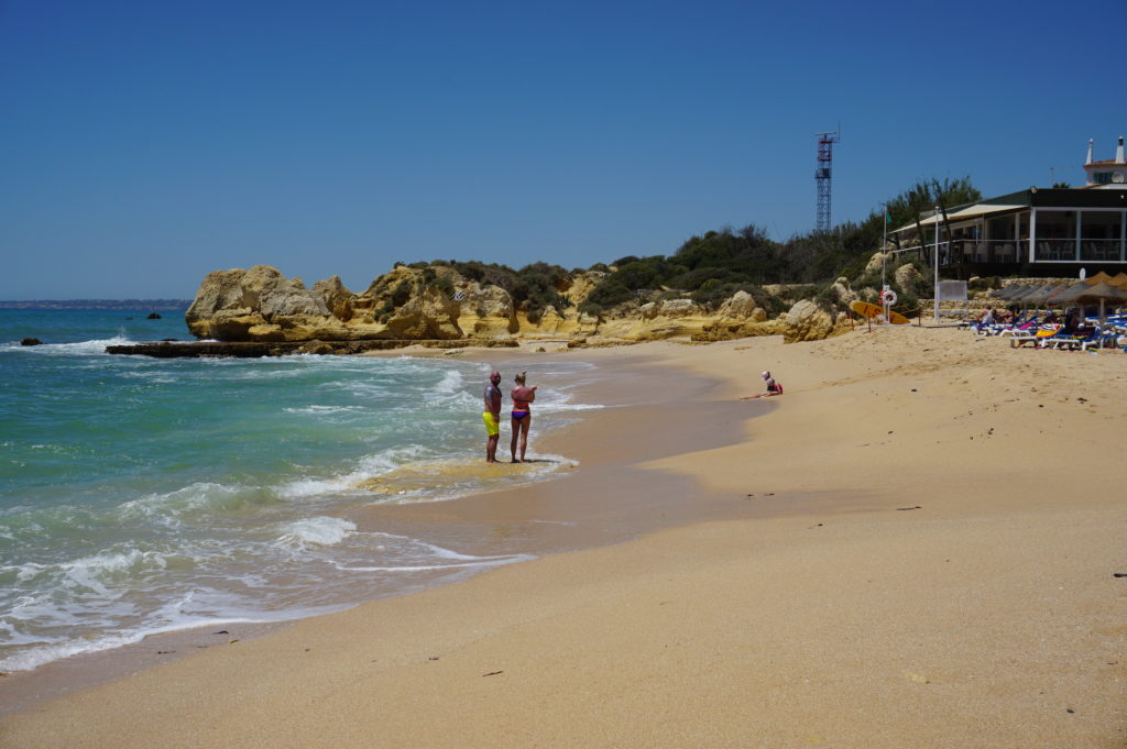 Your local nearby, easy walking distance to Manuel Lourenco 'Blue Flag Beach'.