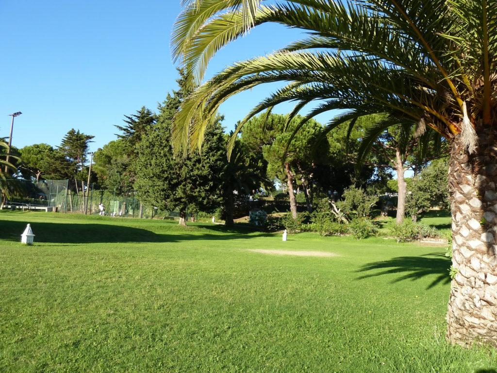 Tennis courts & many gardens at Quinta da Balaia