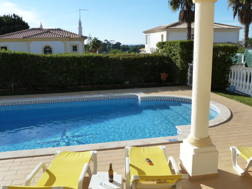 Villa Estrelicia enjoys great all round views including sea views.