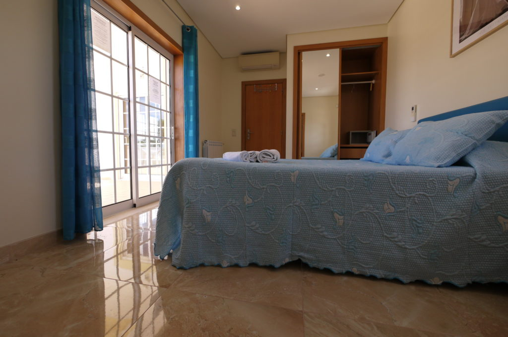 A/C Marble flooring, 1st Floor Double bedroom with private bathroom & terrace.