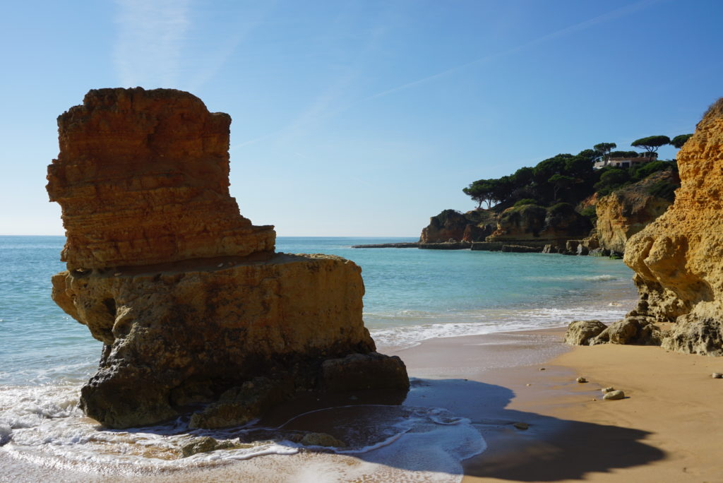 Enjoy the many beautiful rocky formation 'Blue Flag Beaches' in Albufeira.